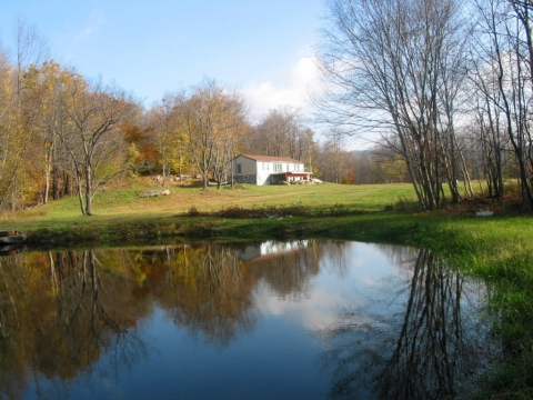 Rock Pond 3 Cottages On 72 Pastoral Acres With Swimming