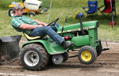 Garden Tractor Pull Open Competition Watershed Post